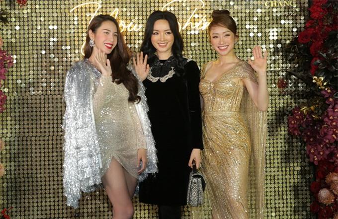 Thủy Tiên đi thảm đỏ cùng Hoa hậu đền Hùng Giáng My (giữa) và bạn gái diễn viên Chi Bảo - CEO Lý Thùy Chang.