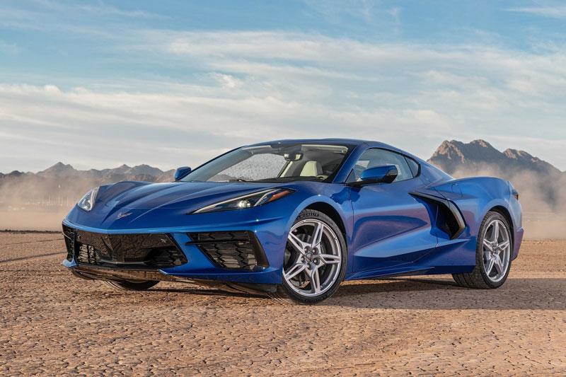 10. Chevrolet Corvette 2021 (giá khởi điểm: 58.900 USD).