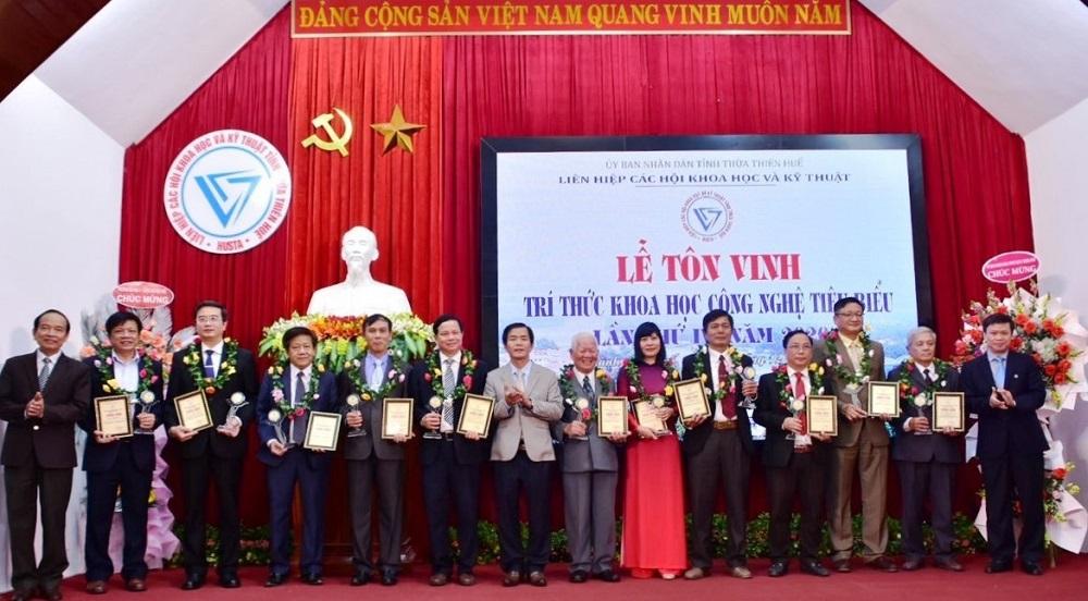 Các Trí thức Khoa học Công nghệ tiêu biểu của tỉnh Thừa Thiên Huế được tôn vinh trong năm 2020.
