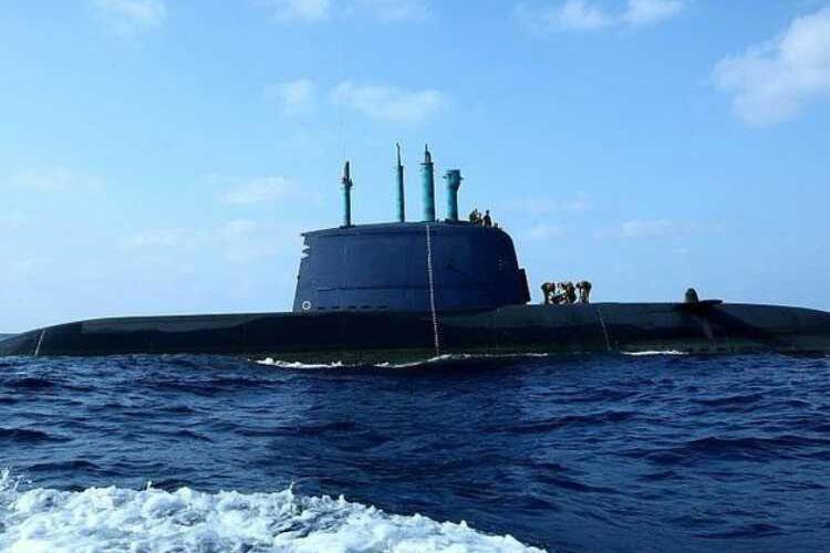 Tàu ngầm lớp Dolphin của hải quân Israel.