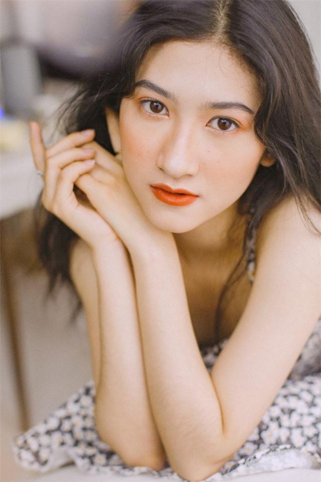 Nữ sinh ĐH Nha Trang đẹp tựa diễn viên Hoa ngữ - 3