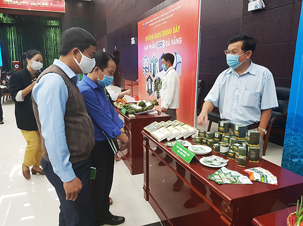 Trưng bày giới thiệu các sản phẩm OCOP của TP Đà Nẵng