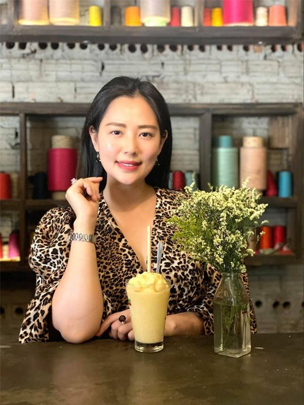 Tuổi 35 của nữ diễn viên hài Tết Đại gia chân đất: Mẹ đơn thân không thiết tha hào quang showbiz - Ảnh 4.