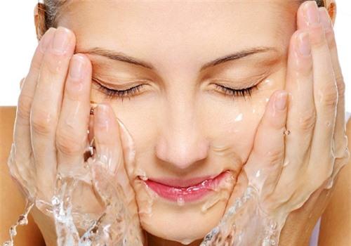 Xông hơi mặt: cách làm đẹp cho hiệu quả tối ưu
