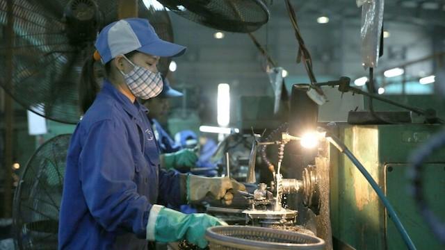 Làn sóng phá sản doanh nghiệp đang diễn ra mạnh mẽ, con số doanh nghiệp Việt Nam giải thể, tạm ngừng hoạt động ghi nhận ở mức kỷ lục trong nhiều năm trở lại đây.