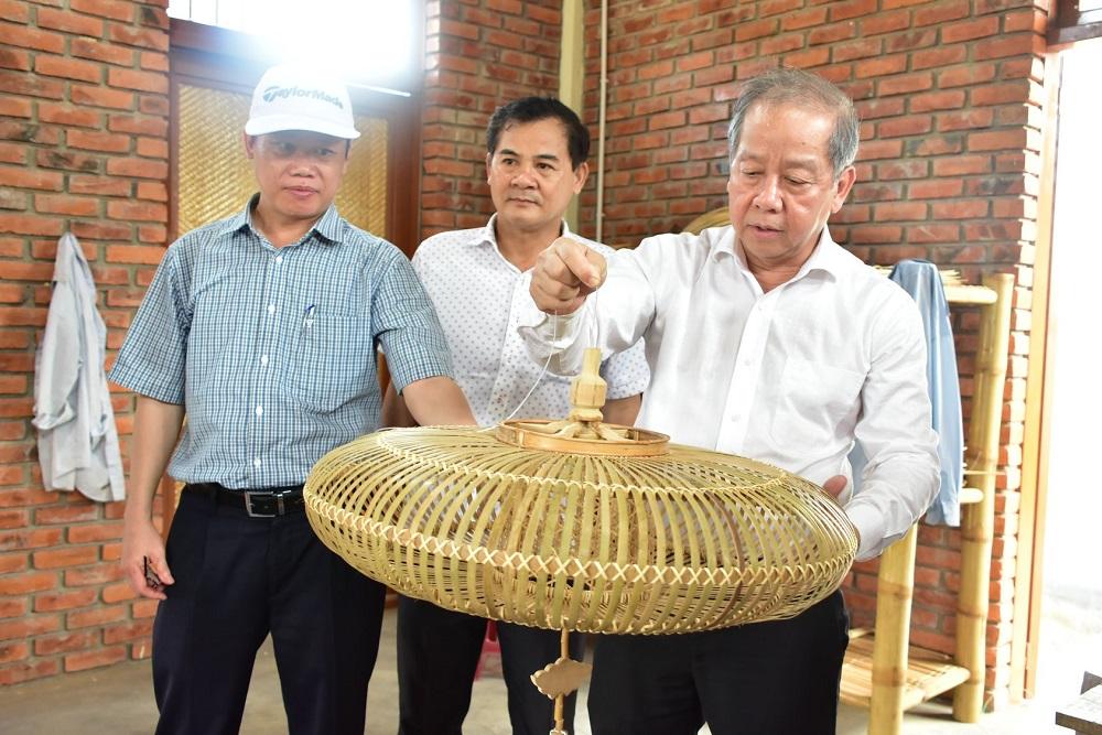 Sản phẩm mây tre đan Bao La của Thừa Thiên Huế là sản phẩm thủ công mỹ nghệ duy nhất trong 26 sản phẩm chỉ đạo điểm của Trung ương về Chương trình OCOP.