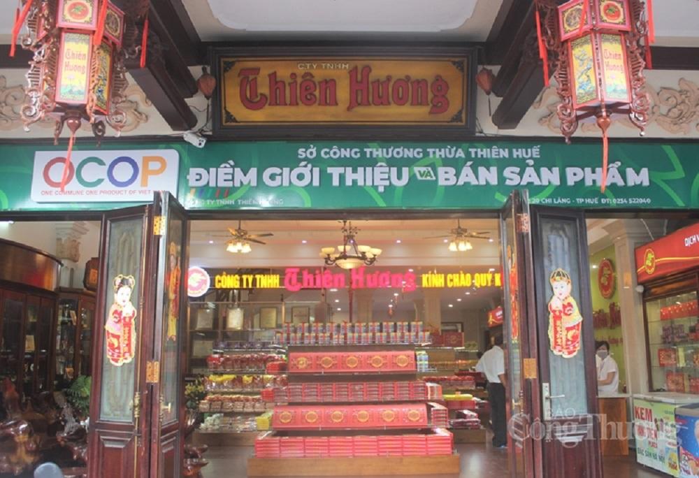 Sở Công thương tỉnh Thừa Thiên Huế chọn cửa hàng tại 20 Chi Lăng (TP. Huế) của Công ty TNHH Thiên Hương làm điểm giới thiệu và bán các sản phẩm OCOP của tỉnh.