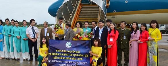 Quảng Bình chào đón vị khách đầu tiên năm 2020