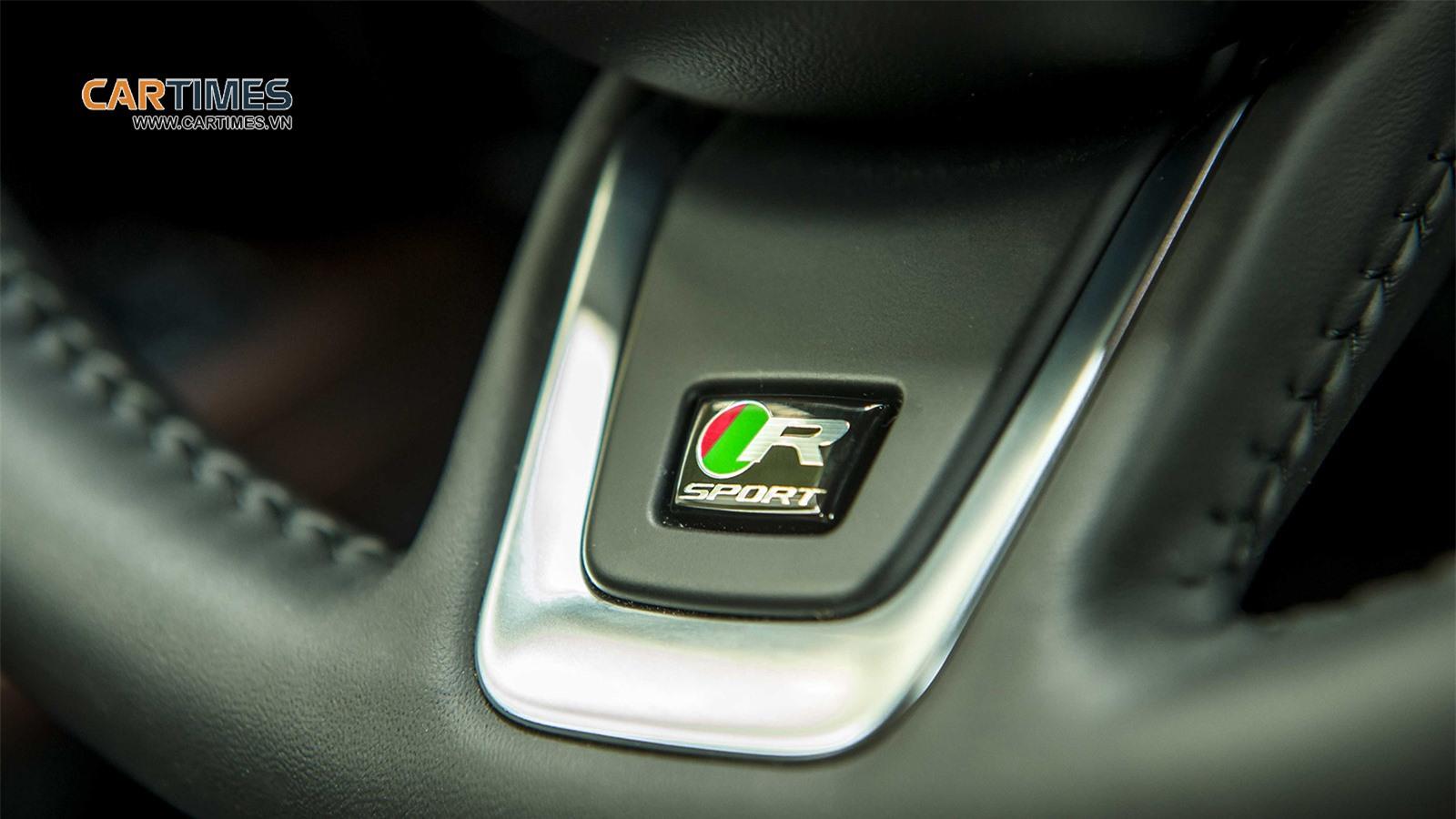 Vô lăng xe Jaguar XF R-Sport