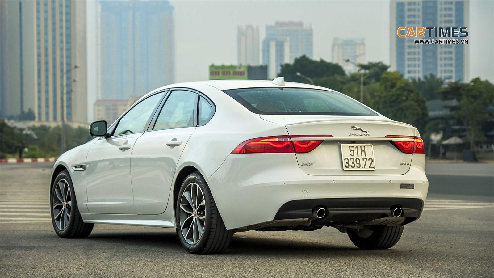 Giá bán xe Jaguar XF R-Sport