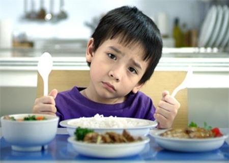 Chế độ dinh dưỡng hợp lí giúp trẻ phát triển khỏe mạnh