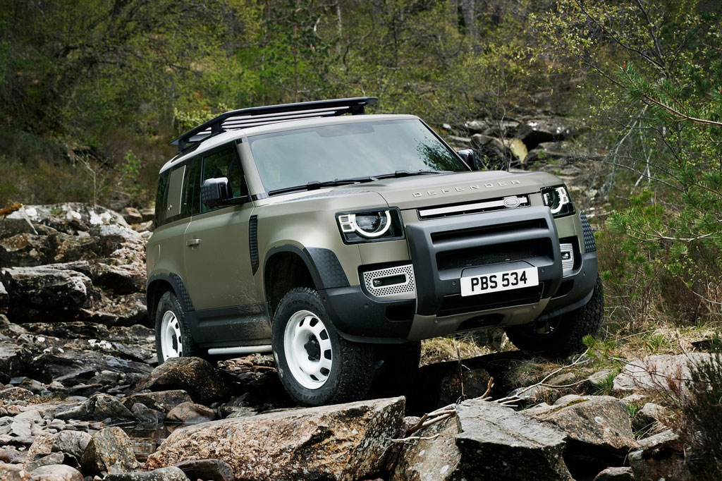 4. Land Rover Defender 2020.