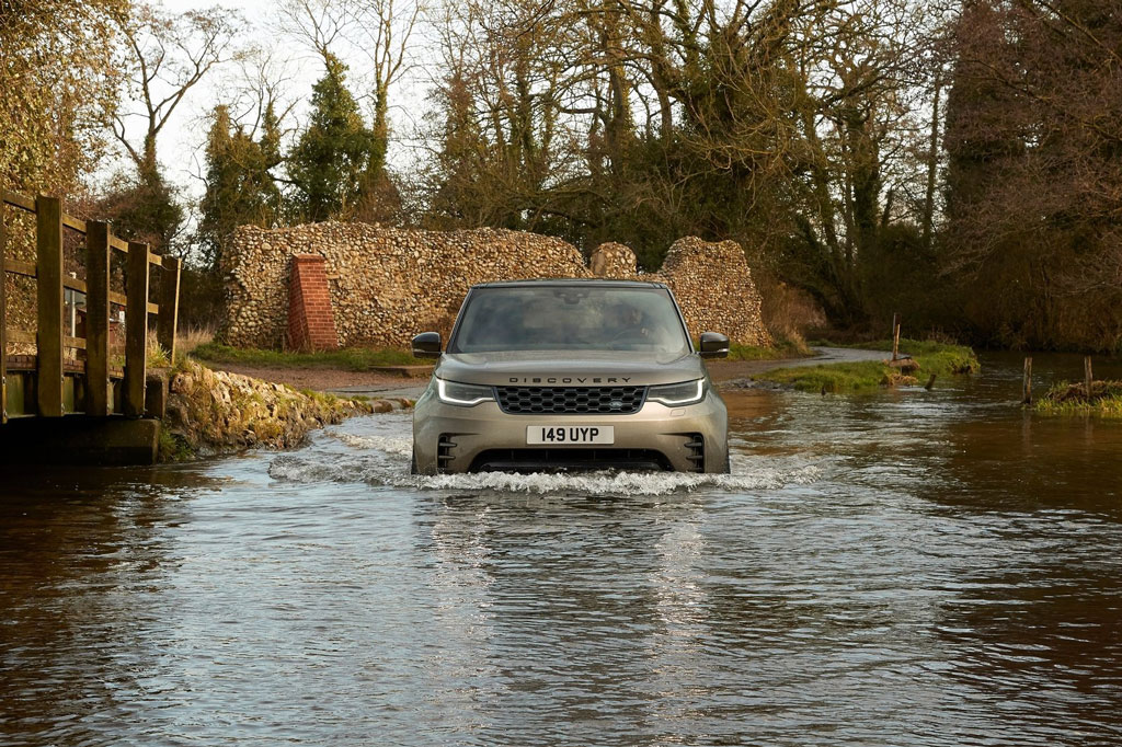 6. Land Rover Discovery 2020.