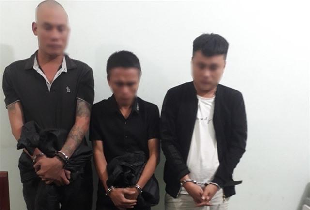 Tạm giữ 3 đối tượng nghi bắt người trái phép để đòi nợ 100 triệu đồng - 1