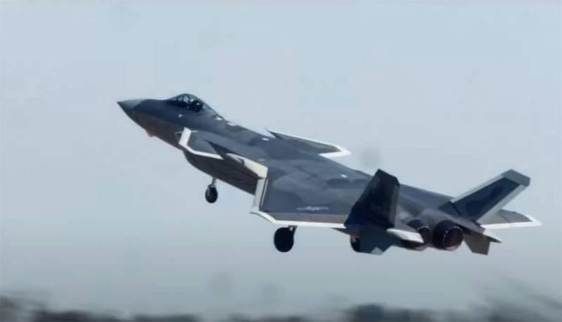 Tiêm kích tàng hình Chengdu J-20 của Trung Quốc lắp động cơ WS-10C. Ảnh: PLAAF.
