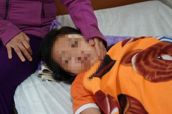 Nữ sinh ở Tây Ninh bị đánh nhập viện sau tai nạn.