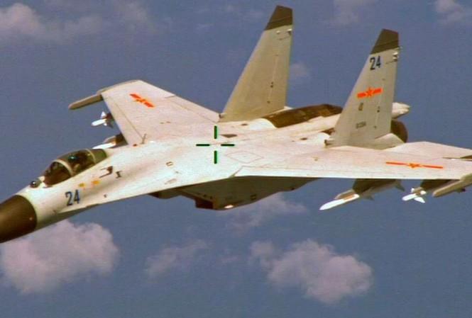 Tiêm kích J-11B của không quân Trung Quốc.