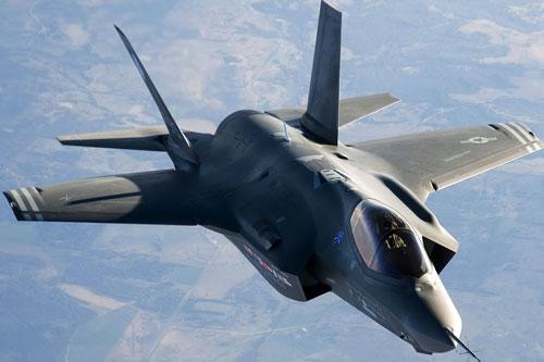 Máy bay chiến đấu F-35.