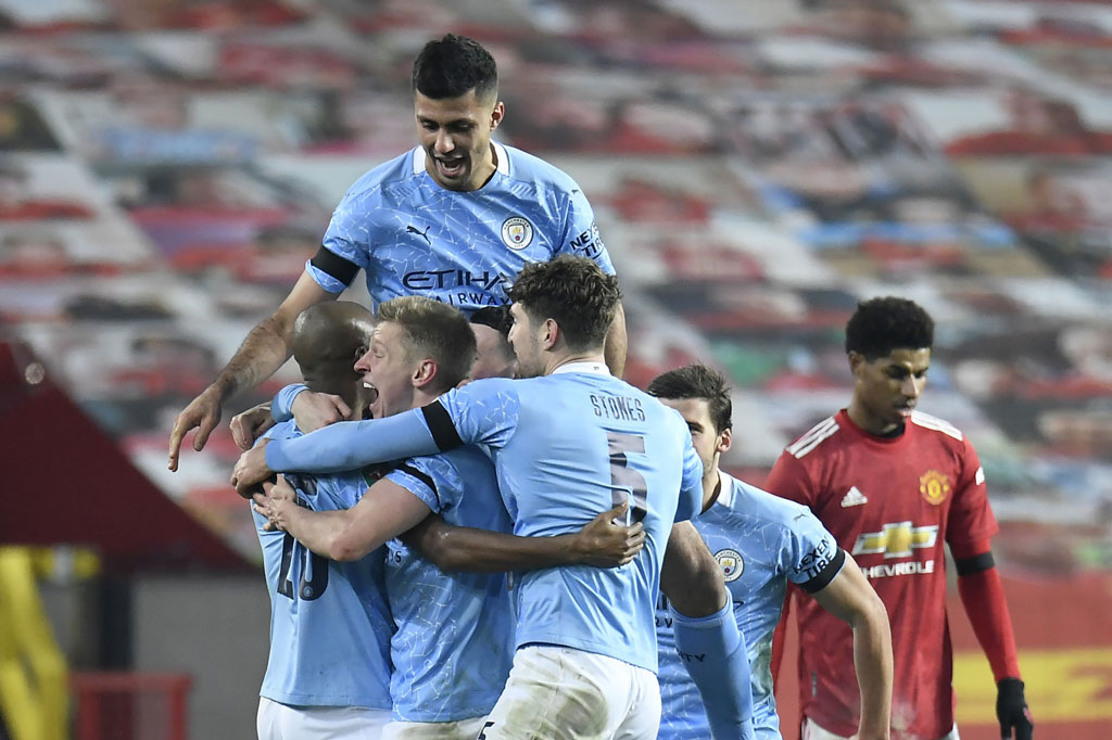 Man City gặp Tottenham ở trận chung kết.