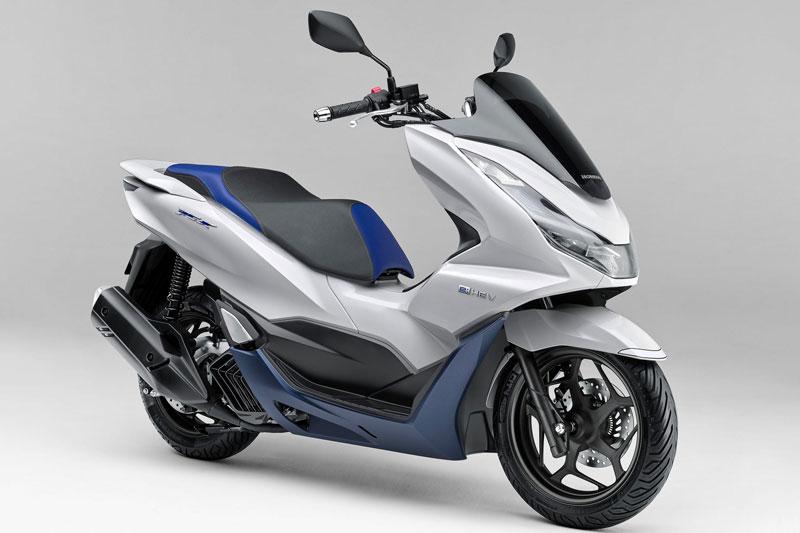 Honda PCX e:HEV 2021.
