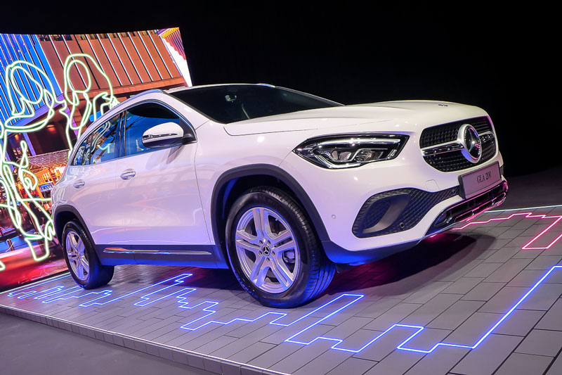 Mercedes-Benz GLA 200 Progressive Line 2021.