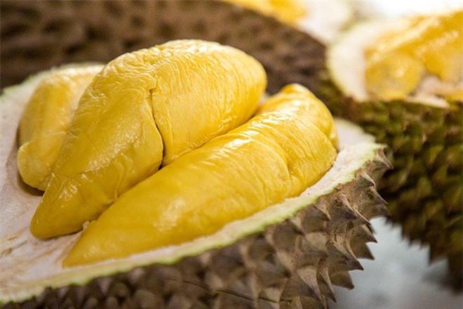 Bạn cần lưu ý khi ăn sầu riêng để không hại sức khỏe