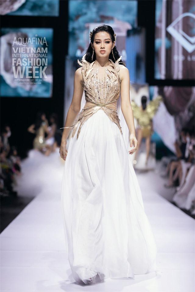 Hoa hậu Đỗ Hà bất ngờ được dự đoán lọt Top 10 Miss World 2021 - Ảnh 11.