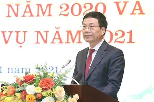 Bộ trưởng Bộ TT&TT Nguyễn Mạnh Hùng toàn nhân loại đang bước vào một không gian sống mới, di chuyển từ thế giới thực vào thế giới số.