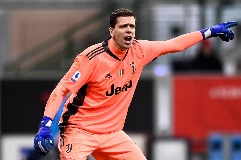 Thủ môn: Wojciech Szczesny (Juventus, 30 tuổi, định giá chuyển nhượng: 35 triệu euro).