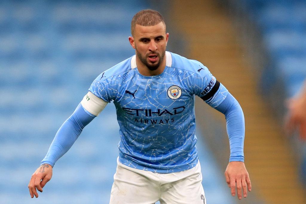 Hậu vệ phải: Kyle Walker (Man City, 30 tuổi, định giá chuyển nhượng: 40 triệu euro).