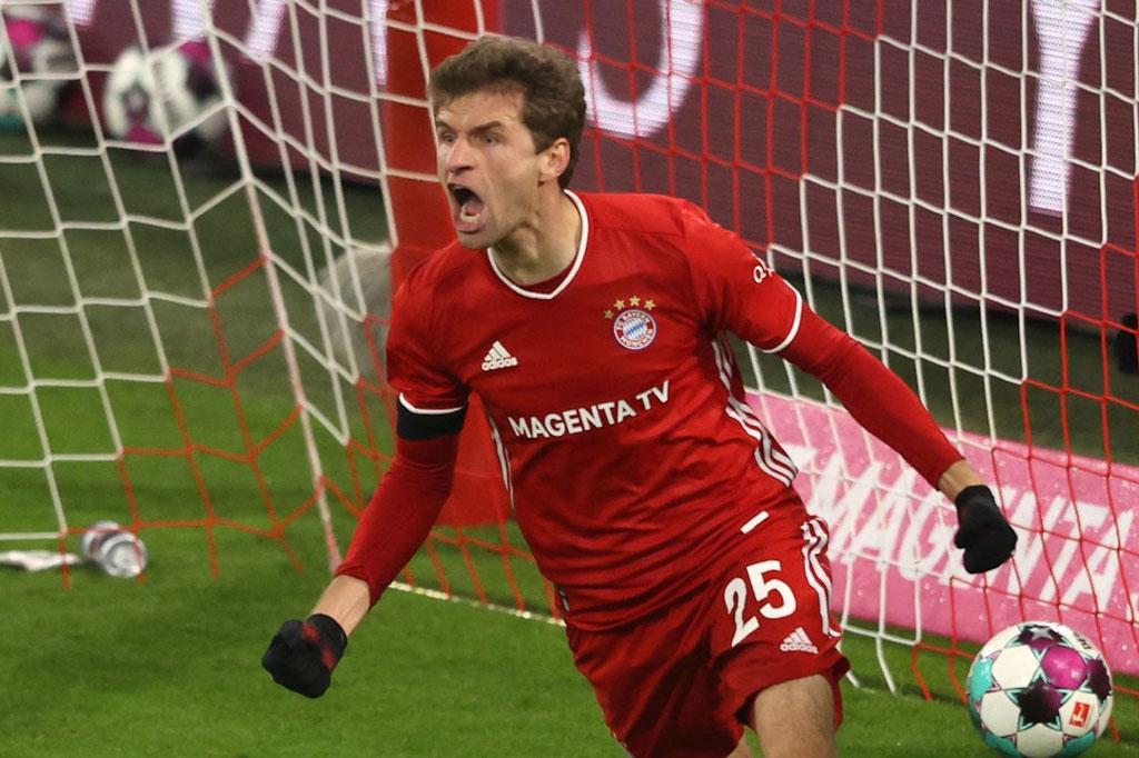 Tiền vệ tấn công: Thomas Muller (Bayern Munich, 31 tuổi, định giá chuyển nhượng: 35 triệu euro).