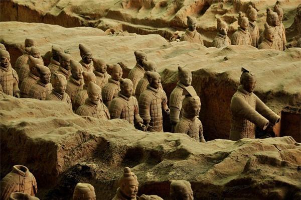 Đội quân đất nung trong lăng Tần Thuỷ Hoàng nổi tiếng khắp thế giới, tại sao sử sách Trung Quốc lại không hề có ghi chép nào? - Ảnh 6.