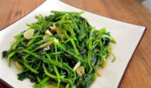 Sai lầm khi ăn rau muống gây hại nghiêm trọng