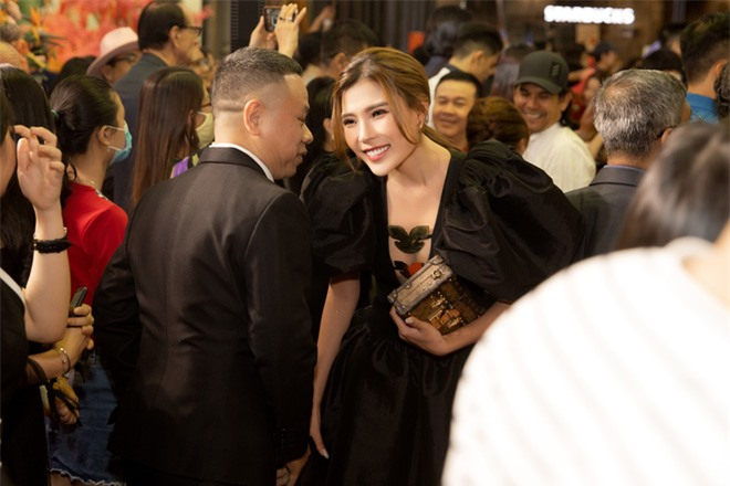 Thúy Diễm nổi bật tại sự kiện, khen phim mới của Bình Minh - Ảnh 5.