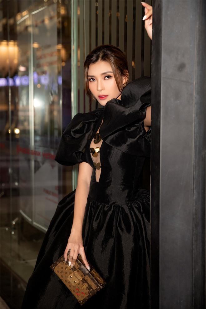 Thúy Diễm nổi bật tại sự kiện, khen phim mới của Bình Minh - Ảnh 8.