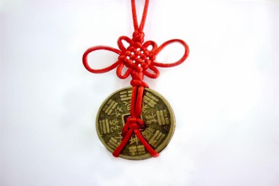Cách treo tiền xu phong thủy để mang lại tài vận cho gia chủ