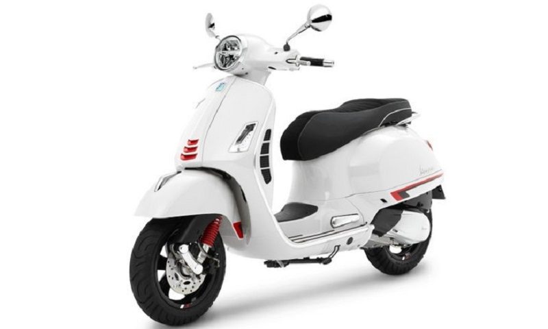 Vespa GTS Super Sport 300 HPE White Innocenza mới