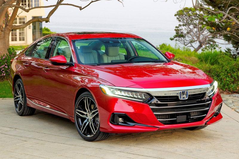 4. Honda Accord (doanh số: 435.269 chiếc).