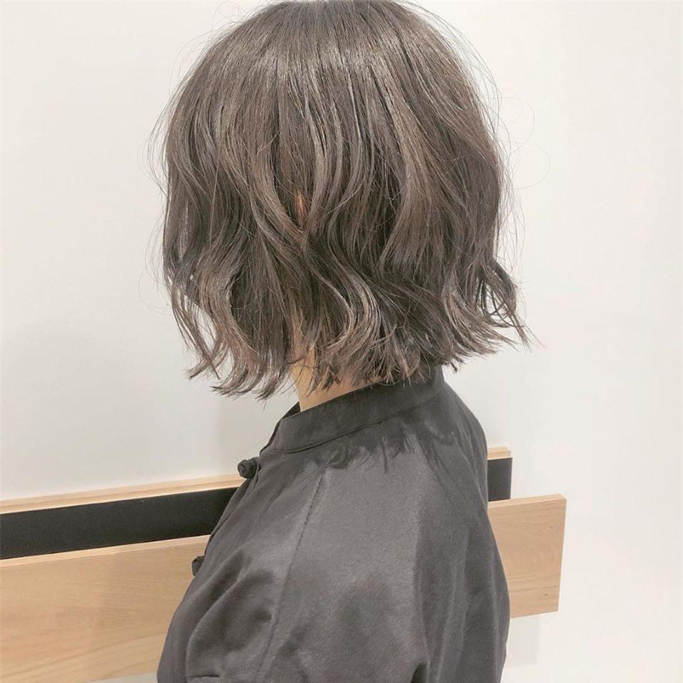4 màu tóc nhuộm giúp da sáng trắng tuyệt đối