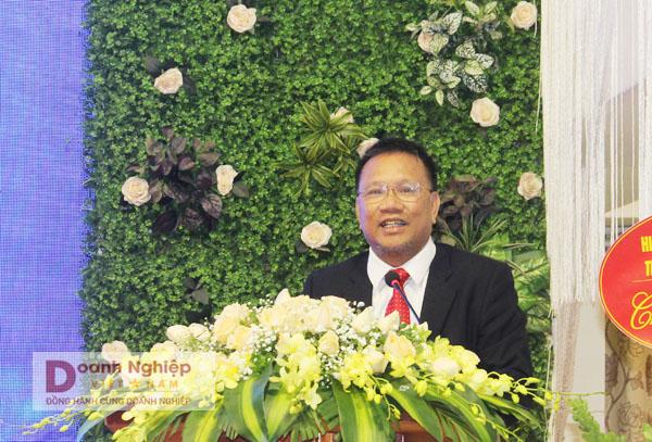 Chủ tịch Hiệp hội Doanh nghiệp KH&CN Việt Nam Hoàng Đức Thảo phát biểu chỉ đạo tại buổi lễ.
