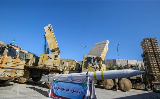 Tổ hợp tên lửa phòng không tầm xa Bavar 373 của Iran đã có màn thể hiện khá thất vọng tại Syria. Ảnh: TASS.