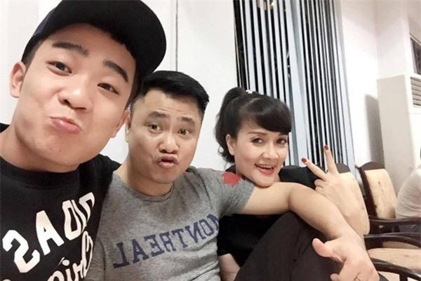 2 diễn viên Táo quân 9X: Trẻ tuổi, đắt show, hôn nhân viên mãn bên vợ trẻ đẹp - Ảnh 6.