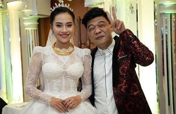 2 diễn viên Táo quân 9X: Trẻ tuổi, đắt show, hôn nhân viên mãn bên vợ trẻ đẹp - Ảnh 10.