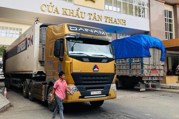 Việt Nam nhập siêu từ Trung Quốc hơn 35 tỷ USD trong 2020