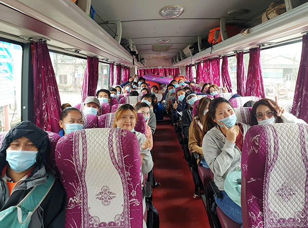 Đại học Đà Nẵng đón gần 350 lưu học sinh Lào trở lại học tập sau cách ly phòng, chống Covid-19