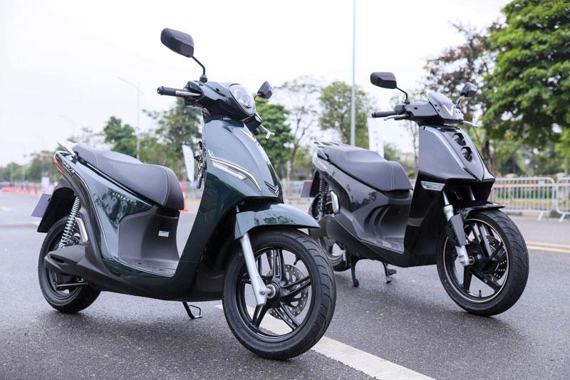 XE HOT (17/1): Bảng giá xe Mazda tháng 1, VinFast ra mắt 2 xe máy mới tại VN