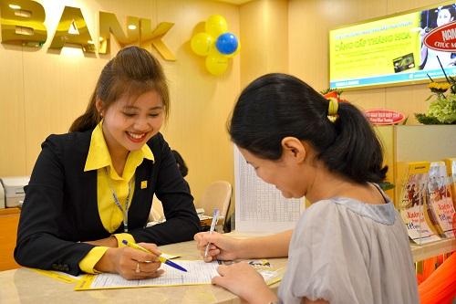 Nam A Bank giảm lãi suất vay cho người dân miền Trung