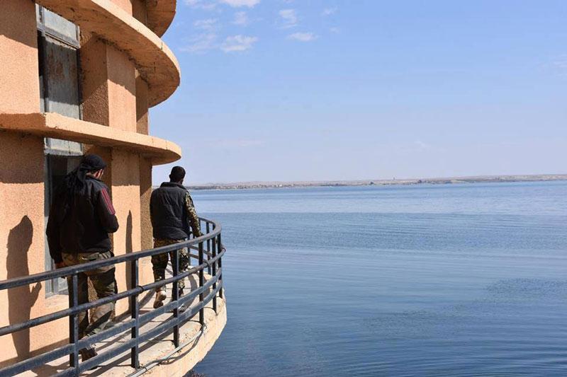 các lực lượng Mỹ và Nga đã đồng ý mở tuyến đường vượt Al-Salihiyah, tuyến đường này sẽ cho phép dân thường ở cả hai bên sông Euphrates thuận tiện di chuyển hơn.