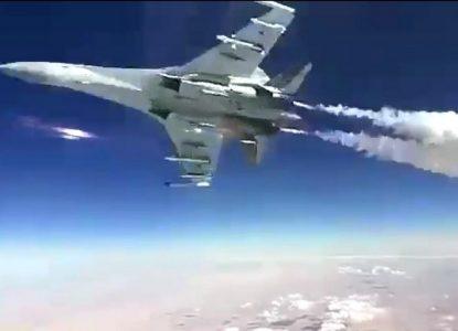 Tiêm kích Su-35 Nga đã hai lần khiến P-8A của Mỹ phải hoảng sợ. Ảnh: Sohu.