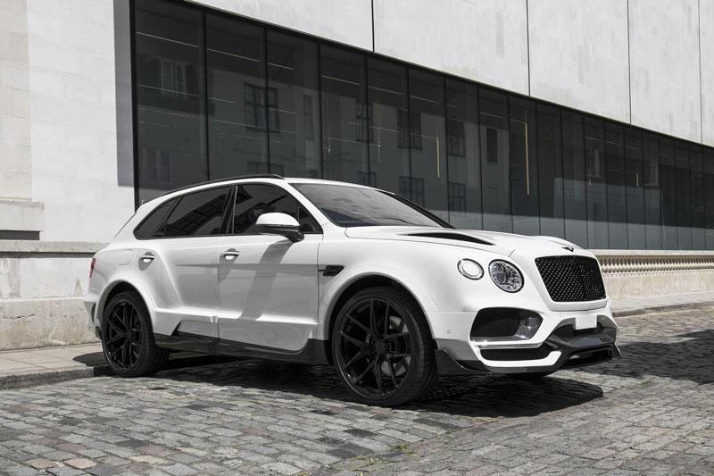 2. Bentley Bentayga Onyx.